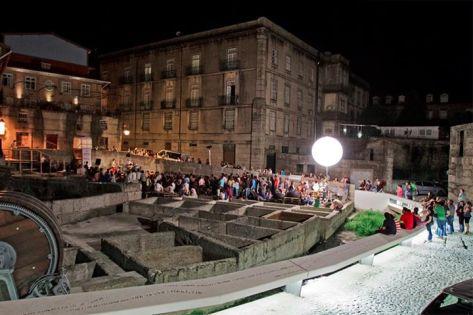 Praça de Couros